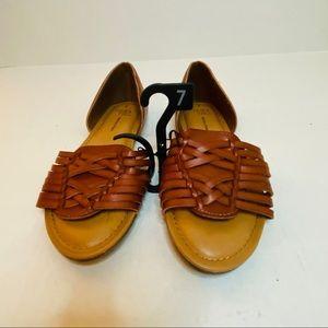 Time and Tru Huarache Sandal Size: 7